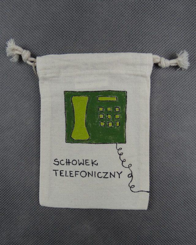 schowek-telefoniczny-przod